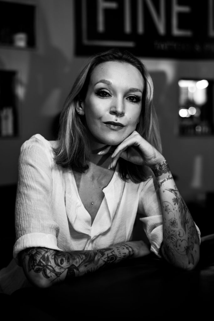 Cindy Lategan, tattoo artist.
