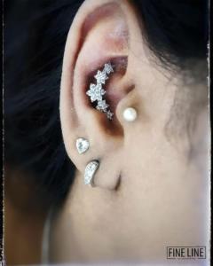 Stunning conch jewelry