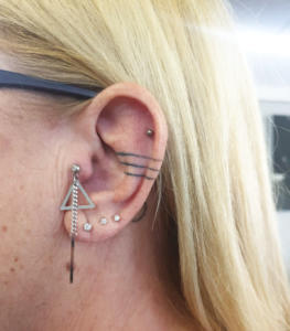 Dangling tragus jewelry
